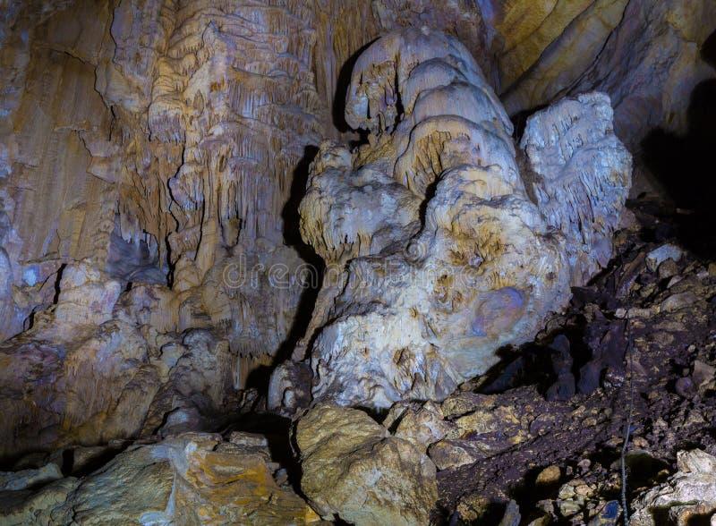 In una caverna immagini stock libere da diritti