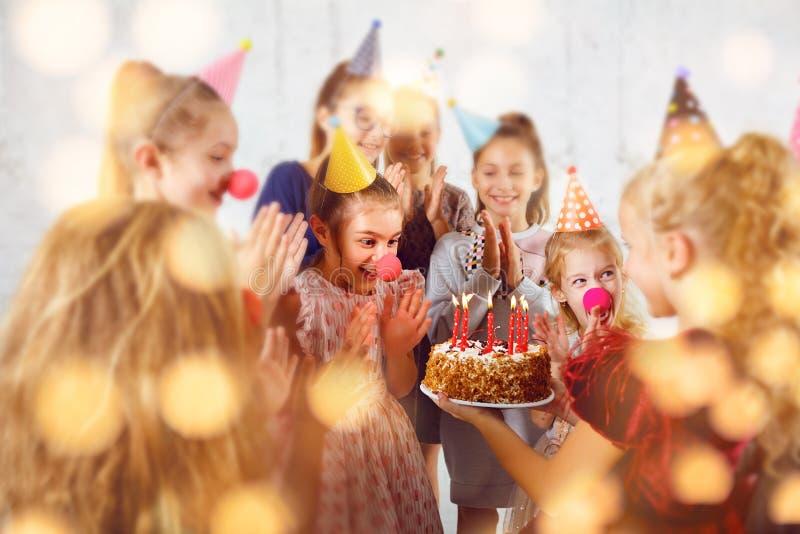 Una celebrazione del compleanno dei bambini fotografia stock