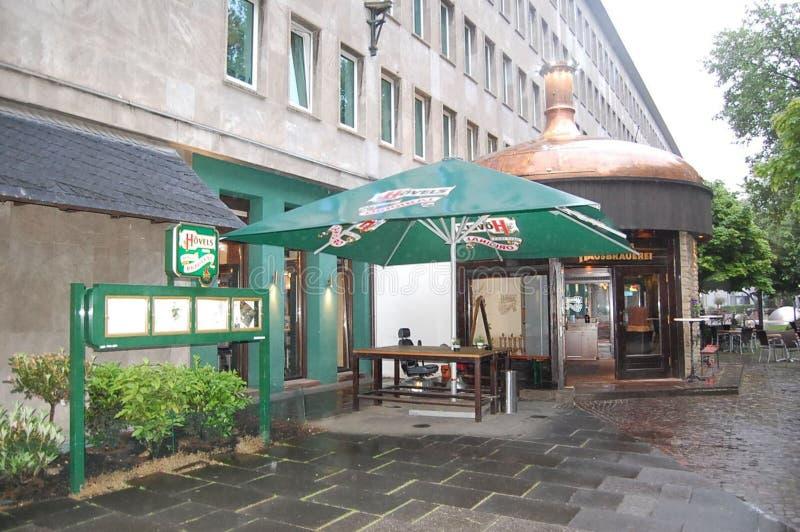 Una cervecería y un pub en Alemania imagenes de archivo