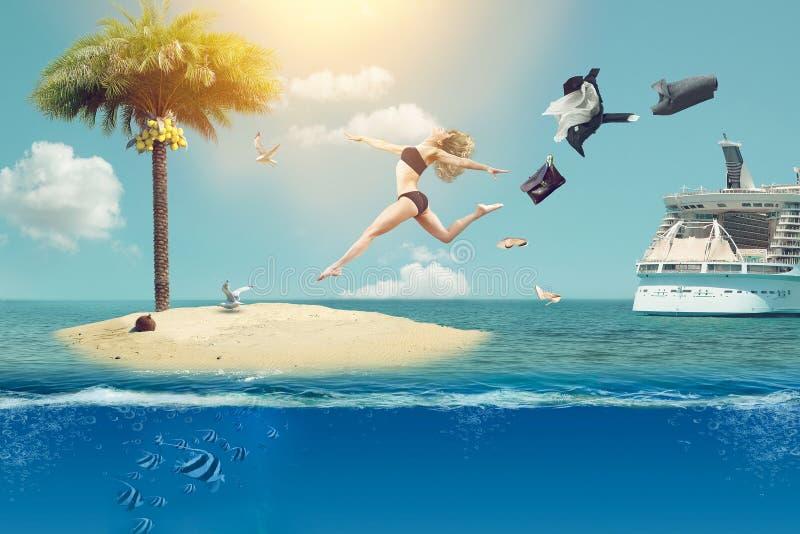 Una chica joven sueña con vacaciones en países tropicales fotos de archivo