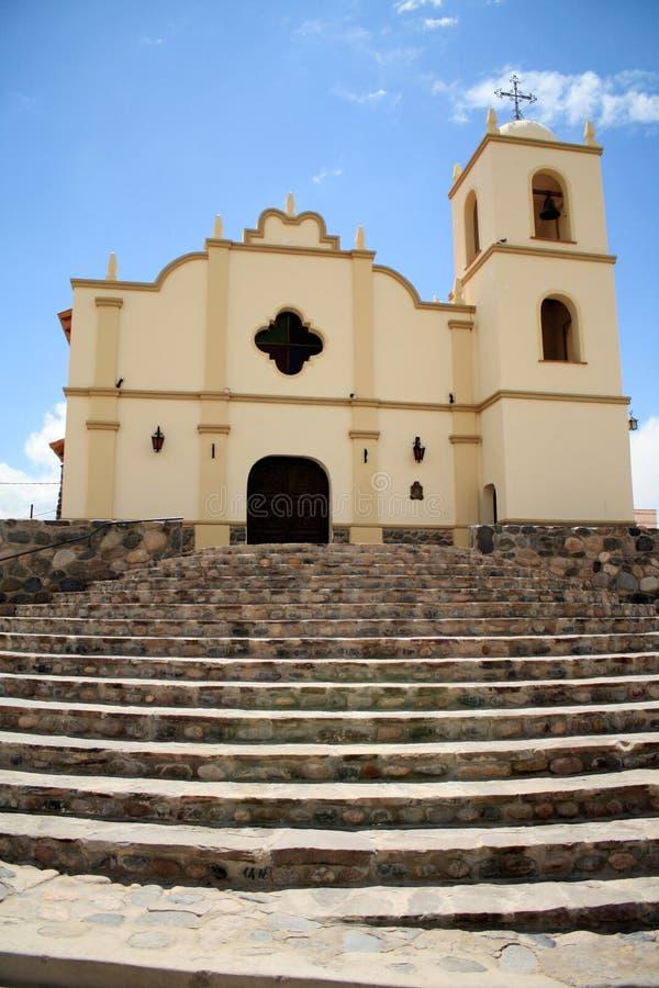 Una chiesa con le scale immagine stock libera da diritti