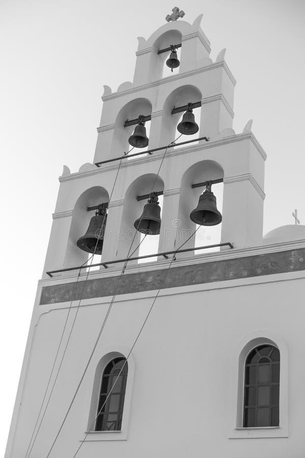 Una chiesa nella città di OIA in Santoin Grecia fotografia stock libera da diritti