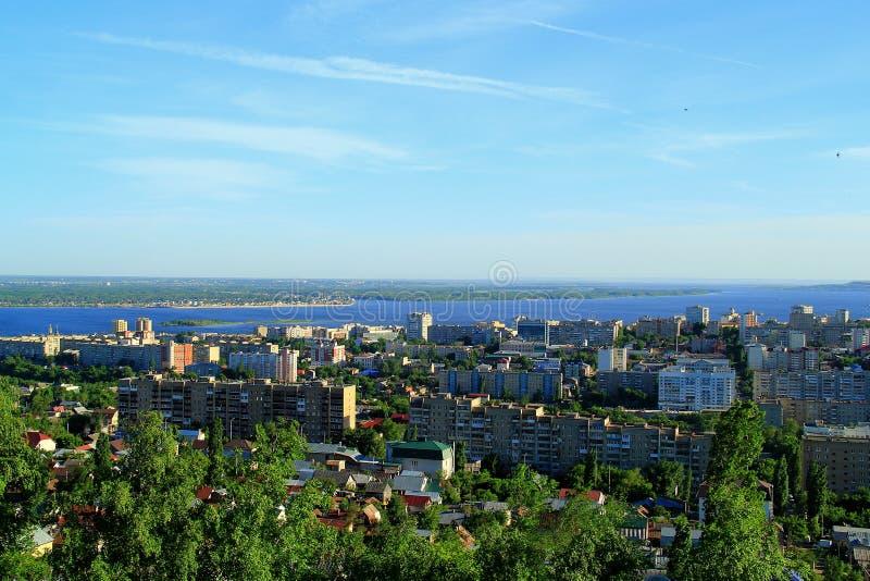Download Una Città Sulla Banca Del Fiume Volga Immagine Stock - Immagine di panorama, bello: 55352147