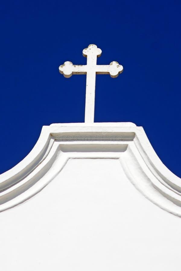 Una cruz en una iglesia fotografía de archivo libre de regalías