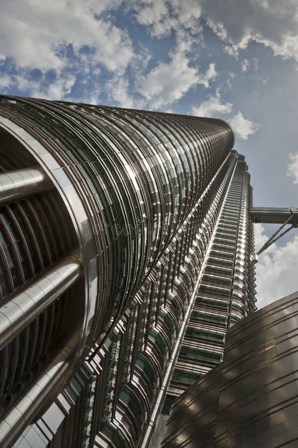 Una delle torrette di Petronas fotografia stock libera da diritti