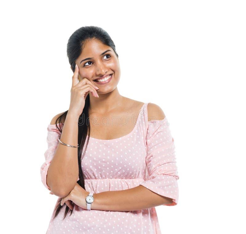 Una donna indiana di pensiero allegra immagini stock libere da diritti