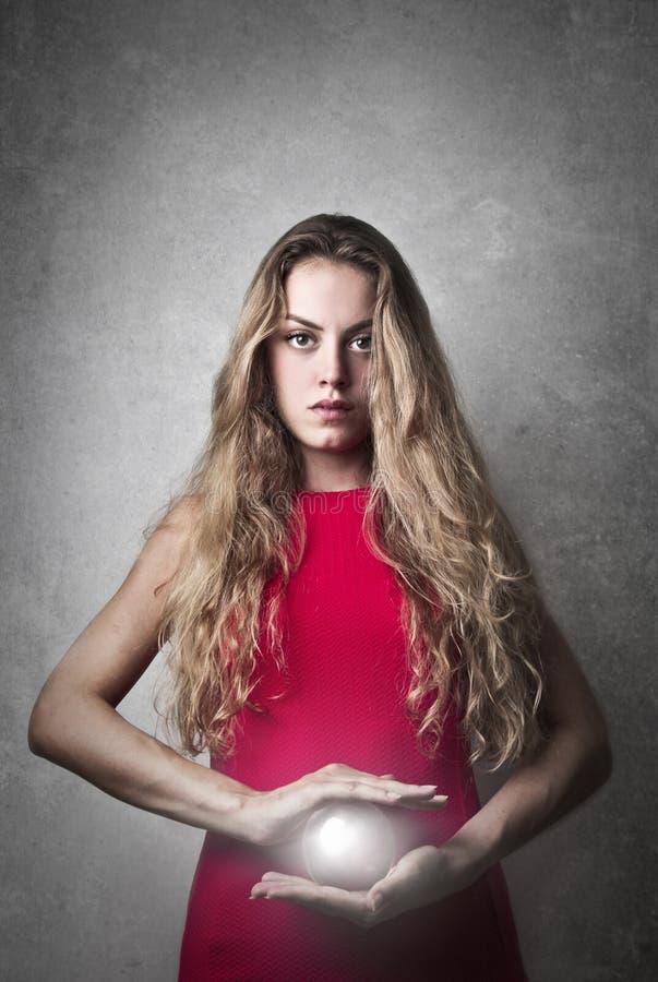 Una donna potente immagine stock