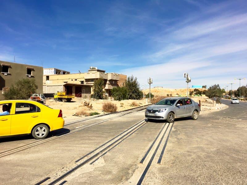 Una escena de la ciudad turística Ouargla Argelia En el pasado, Ouargla era el centro del comercio de imagen de archivo