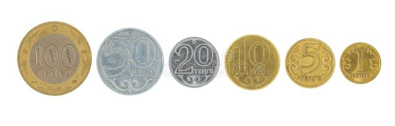 Una fila di soldi kazaki isolata su un fondo bianco fotografia stock libera da diritti