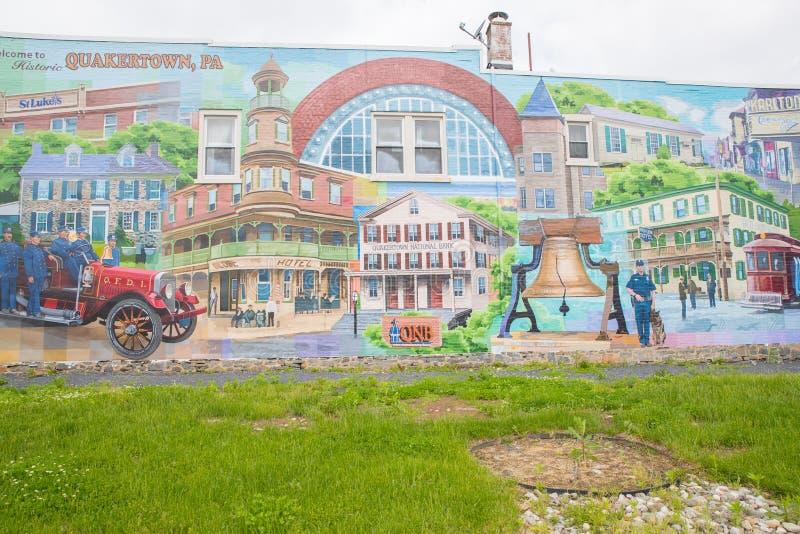 Una foto di una via principale tipica della cittadina negli Stati Uniti d'America fotografia stock