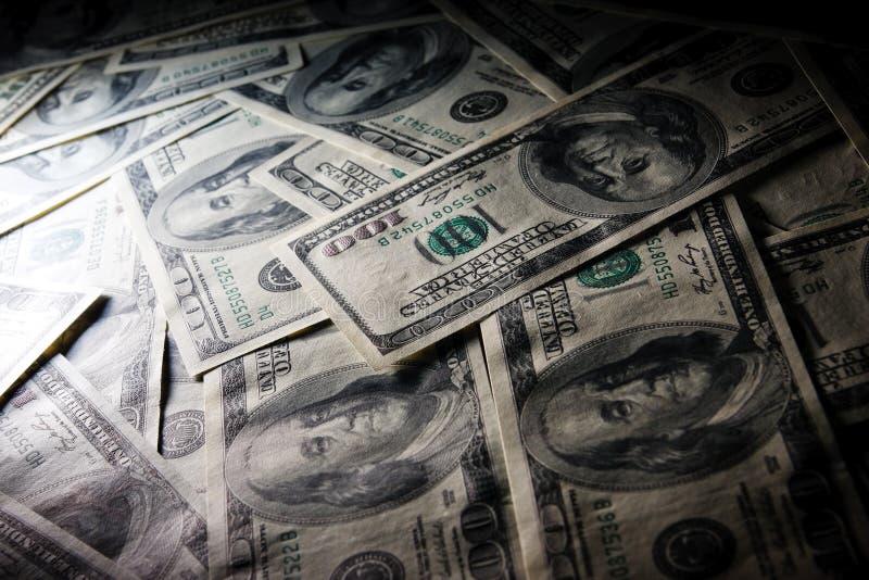 Una foto a macroistruzione del riflettore di $100 fatture. fotografia stock