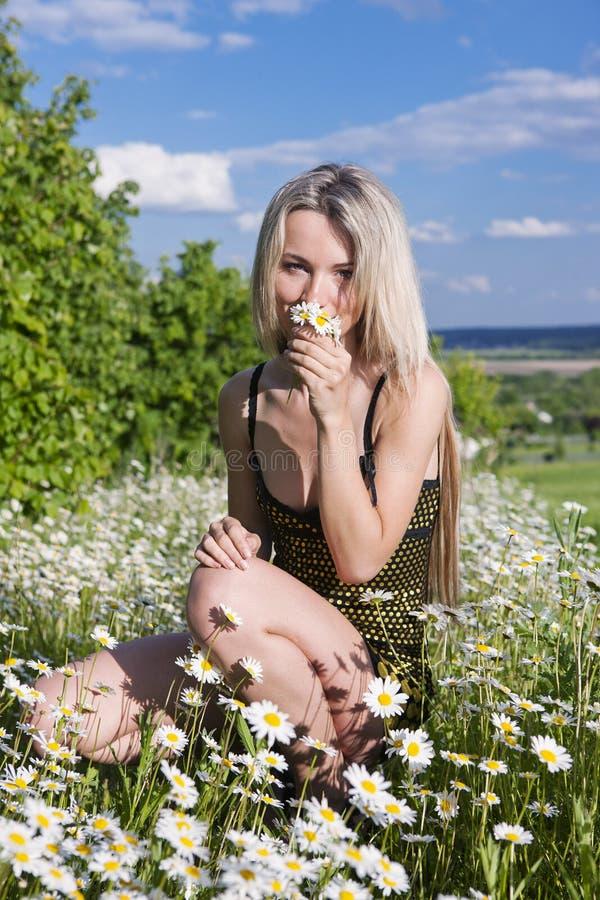 Una giovane donna fotografia stock libera da diritti