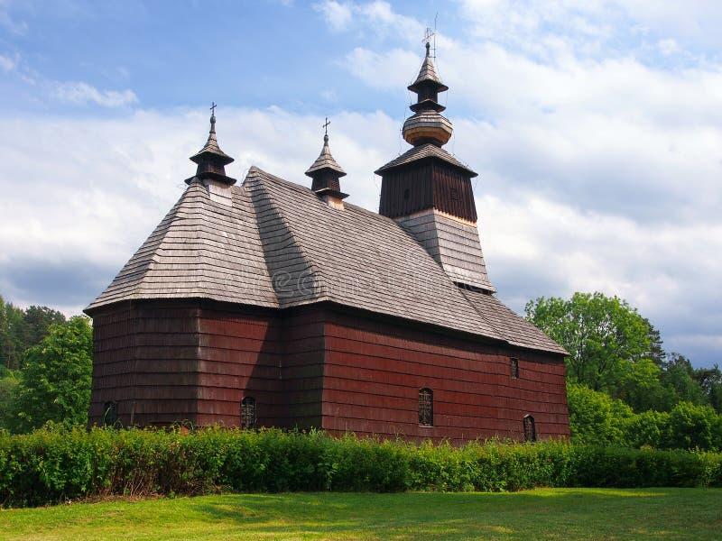 Una iglesia rara en Stara Lubovna, Spis, Eslovaquia imagenes de archivo
