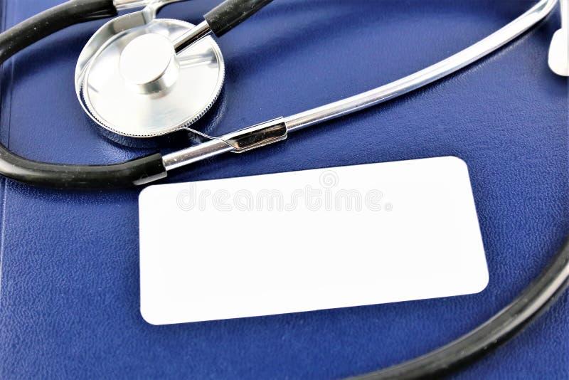 Una imagen de un hospital, declatation del concepto del negocio con el espacio de la copia fotografía de archivo