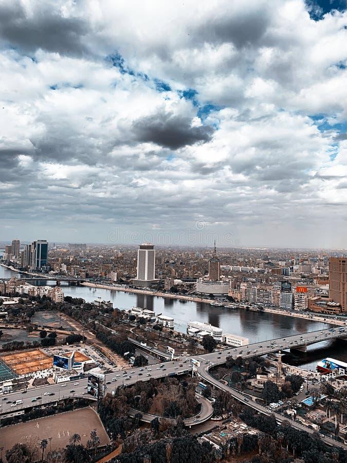 Una imagen real de la torre más alta de El Cairo foto de archivo