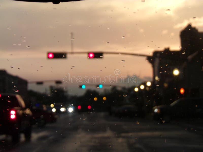 Una impulsión lluviosa imagenes de archivo