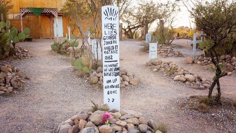 Una lápida mortuoria chistosa en el cementerio histórico de la colina de la bota de la piedra sepulcral imagen de archivo