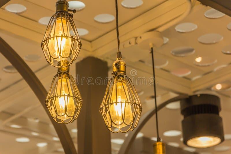 Illuminazione con lampadine snowb