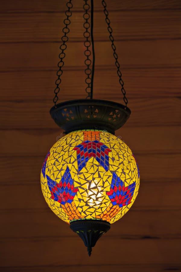 Download Una Lanterna Del Turco Di Vecchio Stile Fotografia Stock - Immagine di turco, ricordo: 30825130