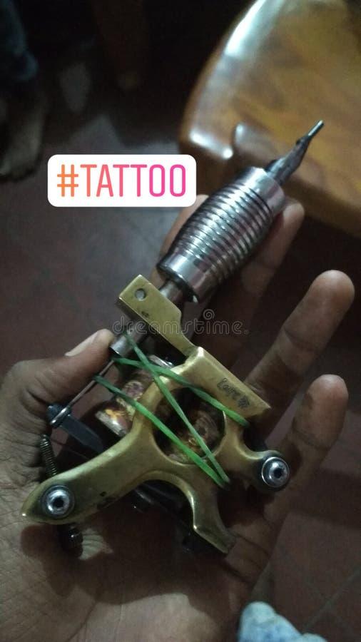 Una máquina más vieja de los tatuajes de los días fotografía de archivo libre de regalías