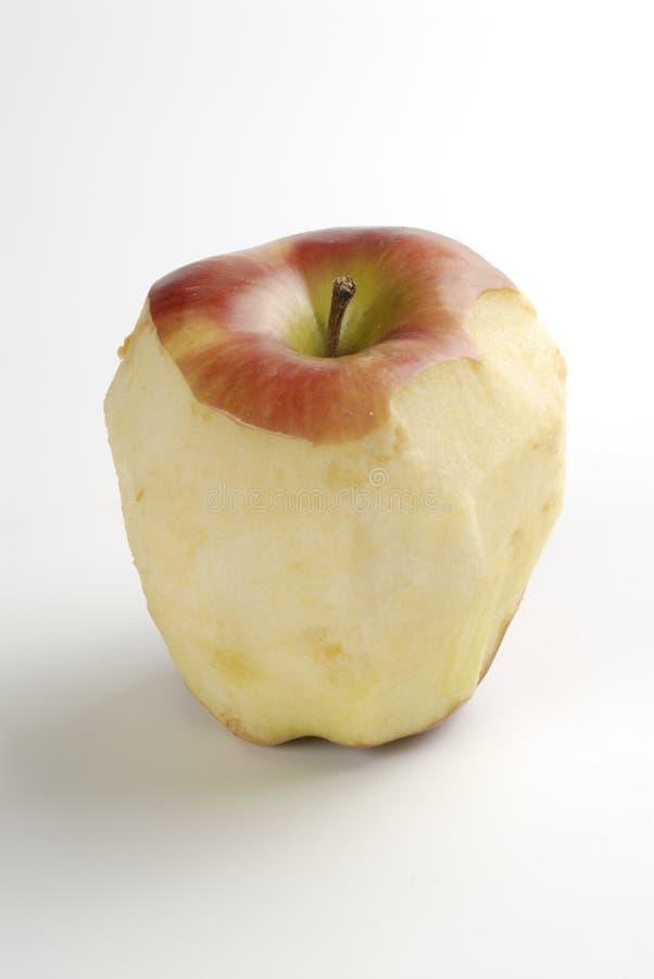 Una mela sbucciata fotografia stock libera da diritti