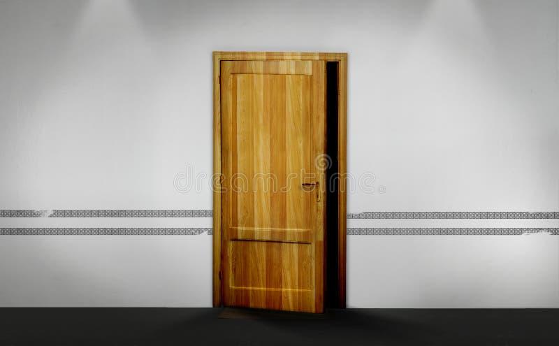 Una mitad de la puerta de madera abierta imagenes de archivo