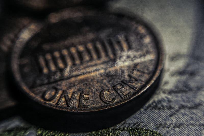 Una moneda vieja del centavo Asunto y finanzas imagenes de archivo