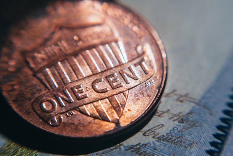 Una moneda vieja del centavo Asunto y finanzas foto de archivo