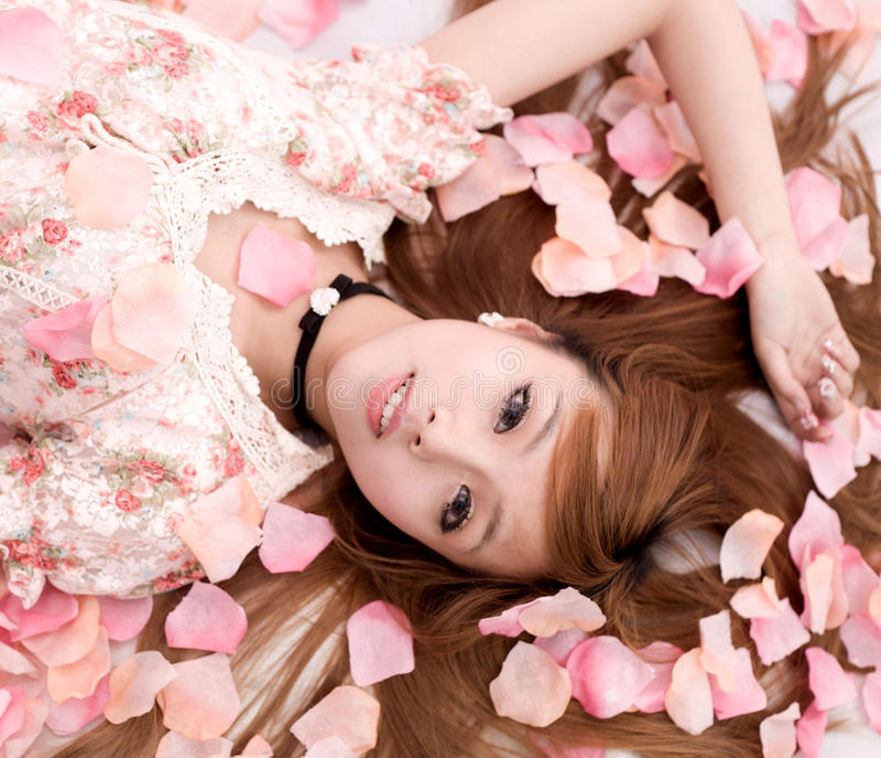 Muchacha de Asia en flor fotografía de archivo