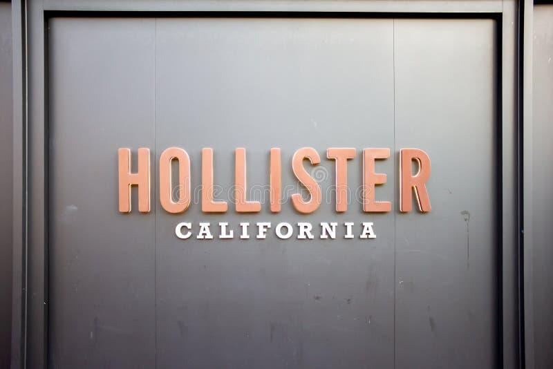 Una muestra para Hollister fotografía de archivo libre de regalías
