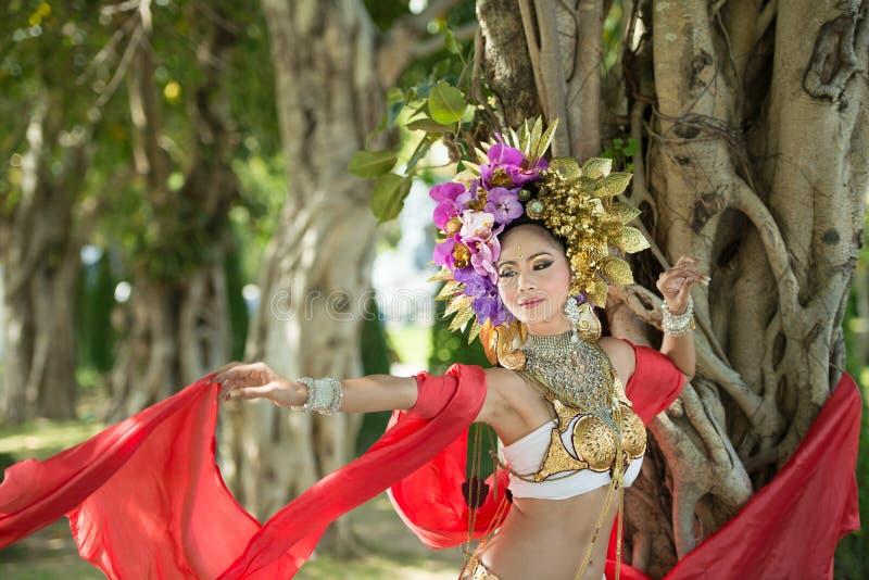 Una mujer elegante ChiangMai Tailandia del norte de Lanna imágenes de archivo libres de regalías
