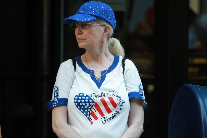 Una mujer en la celebración del 4 de julio en Boston foto de archivo libre de regalías