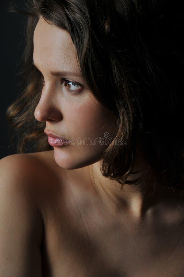 Una mujer hermosa imagen de archivo libre de regalías