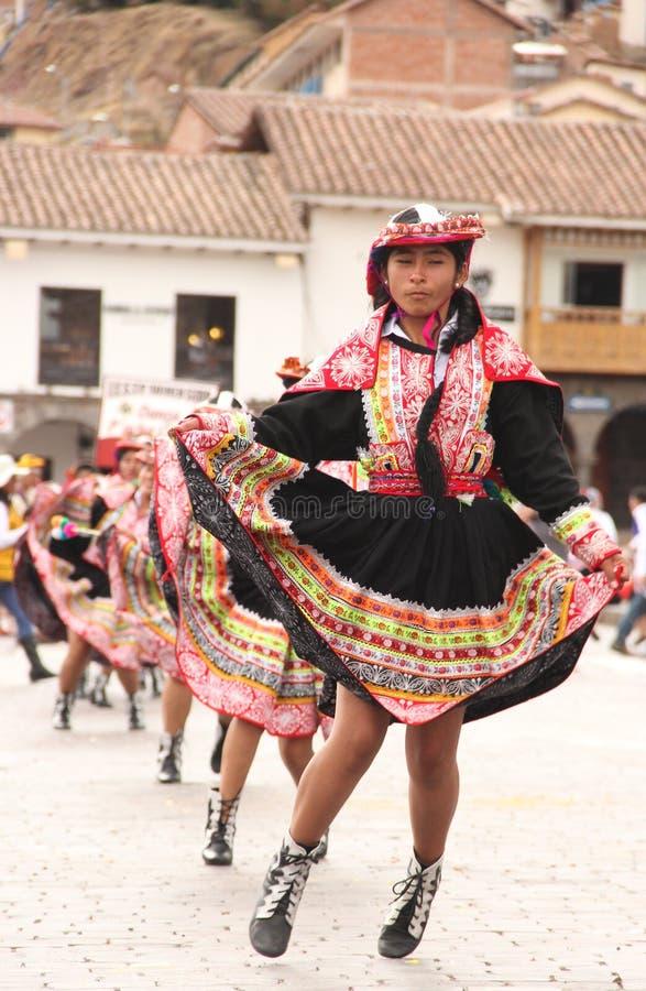 Una mujer peruana en el festival fotografía de archivo libre de regalías