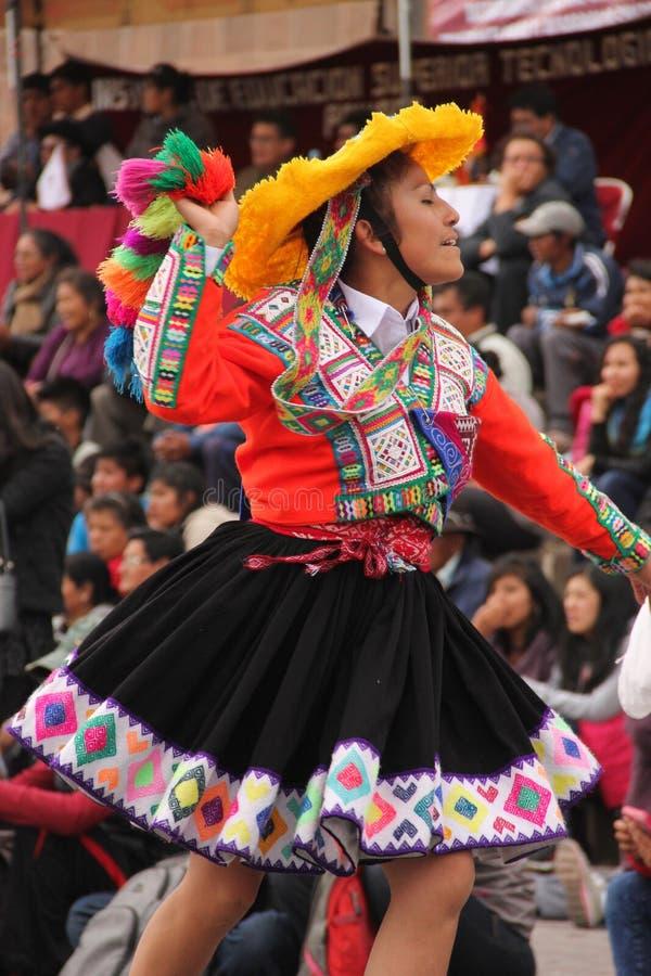 Una mujer peruana en un festival foto de archivo