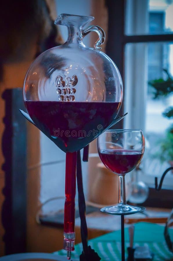 Una nave unica per vino casalingo fotografia stock