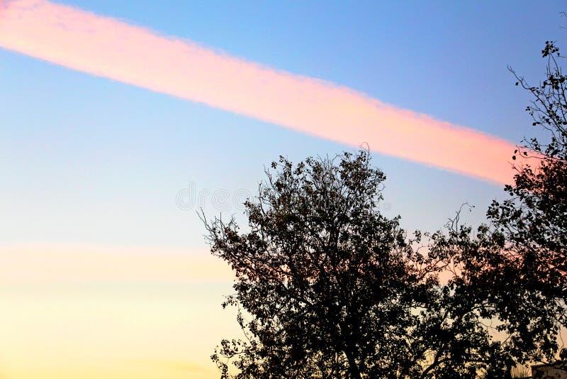 Una nube rosada asombrosa de la raya fotos de archivo libres de regalías