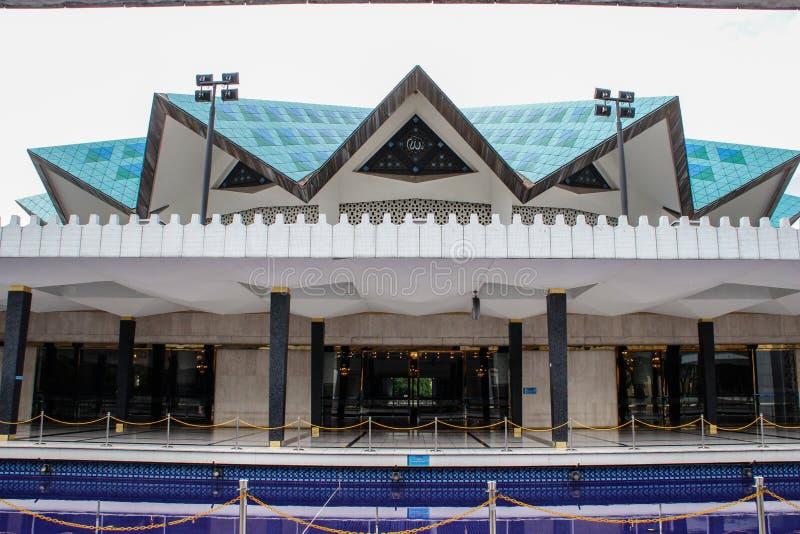 Una nueva mezquita en la capital de Malasia imagen de archivo