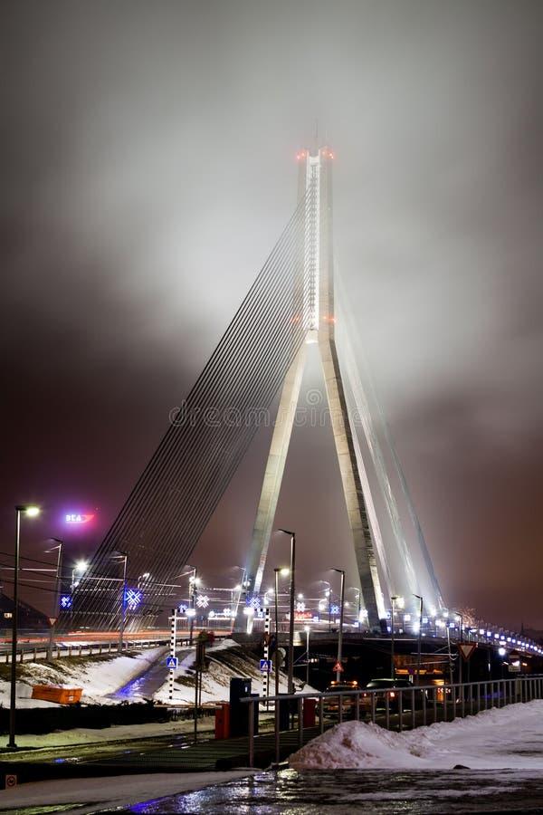 Una opinión de la tarde al puente de Vansu fotos de archivo libres de regalías