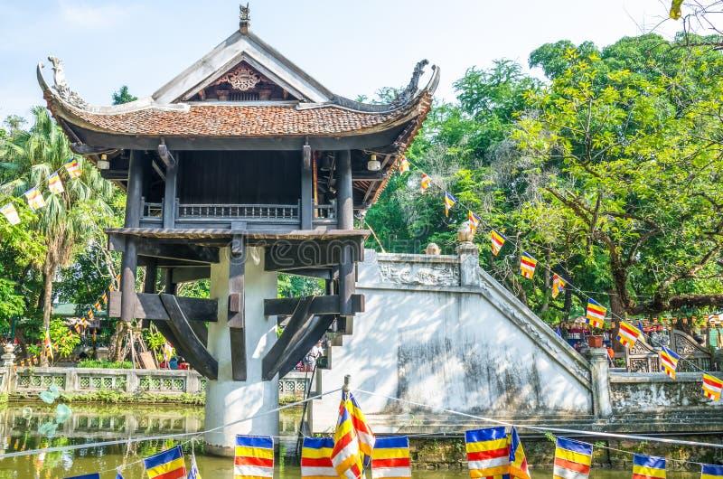 Una pagoda del pilar es un templo budista histórico en Hanoi, la capital de Vietnam fotografía de archivo libre de regalías