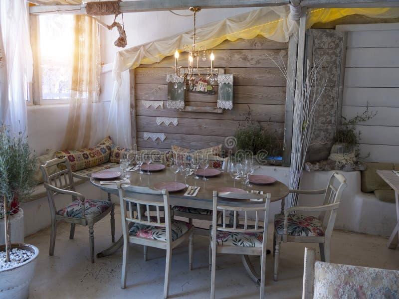 Arredamento casa rustica excellent travi a vista con for Arredamento casa rustica