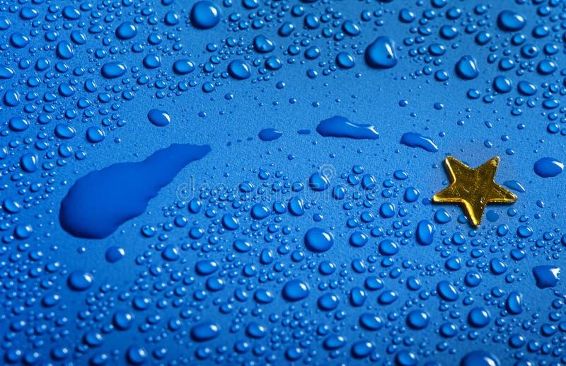 Una piccola stella dorata - concetto di natale immagini stock