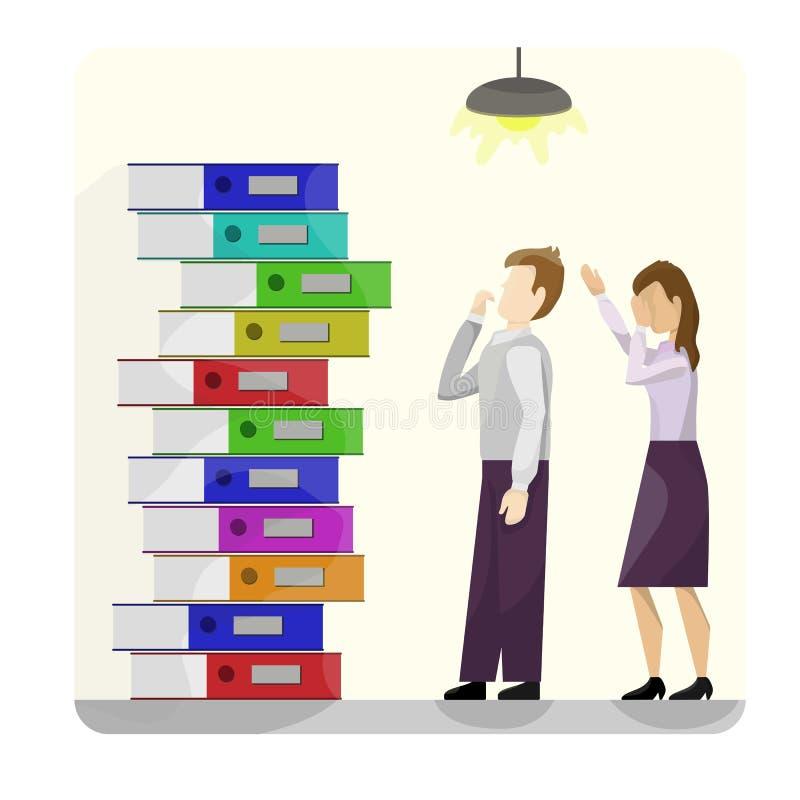 Una pila de carpetas multicoloras de la cartulina al lado de un par de trabajadores en abatimiento Fondo amarillo De escuela, ofi libre illustration