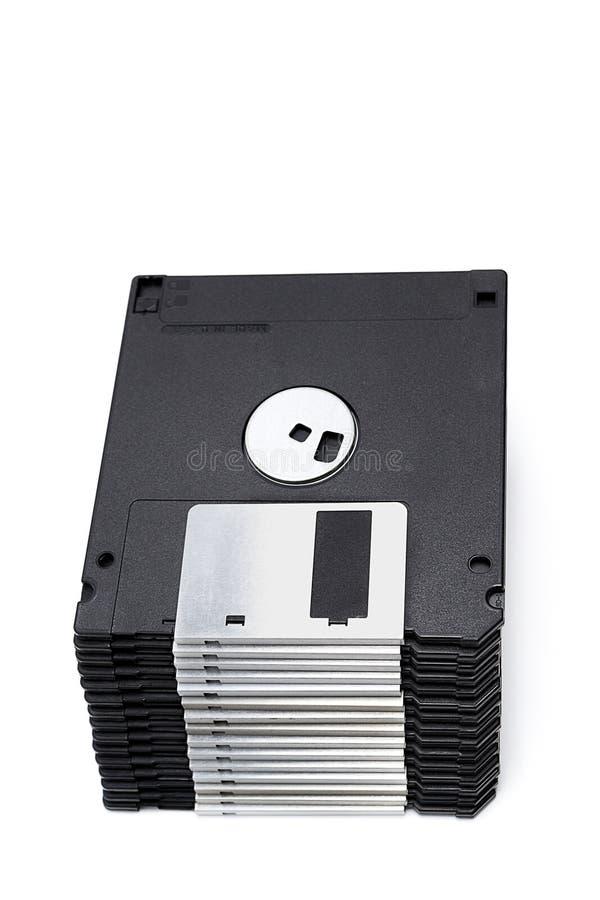 Una pila de 3,5 discos blandos aislados en un blanco foto de archivo libre de regalías