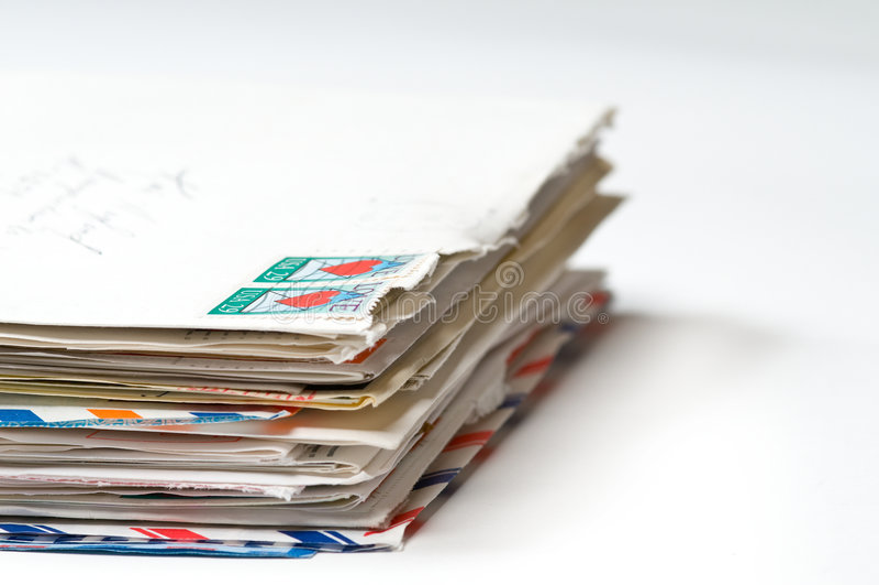 Una pila de viejas cartas fotografía de archivo libre de regalías