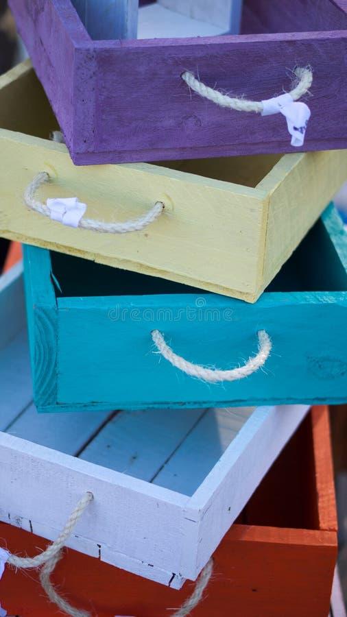 Una pila di cassetti colorati fotografie stock libere da diritti