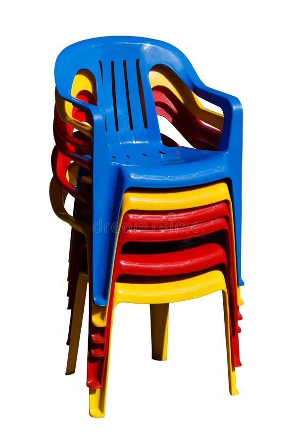 Una Pila Di Sedie Di Plastica Fotografia Stock - Immagine di ...