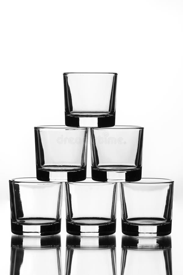 Una piramide di sei vetri fotografie stock libere da diritti