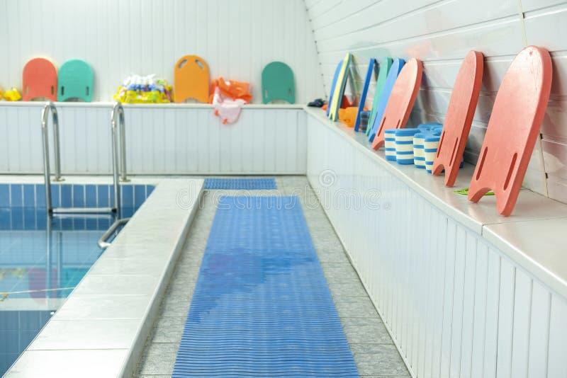 Una piscina foto de archivo