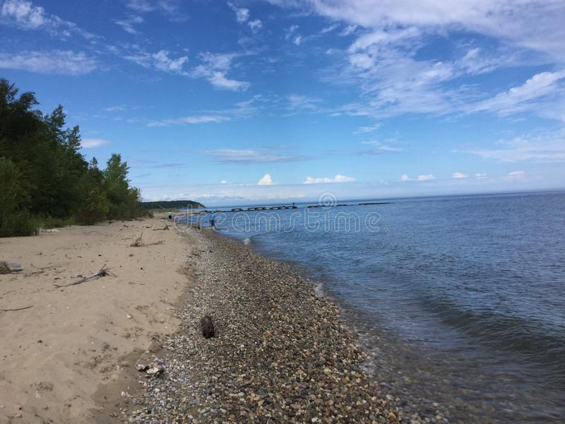 Una playa en Milwaukee Wisconsin fotos de archivo